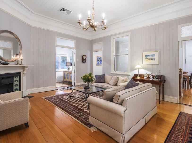 133 Bonney Avenue Clayfield lounge2