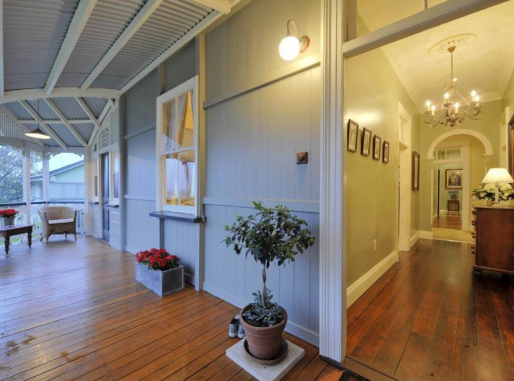 Bulimba Porch and Gable Queenslander verandah