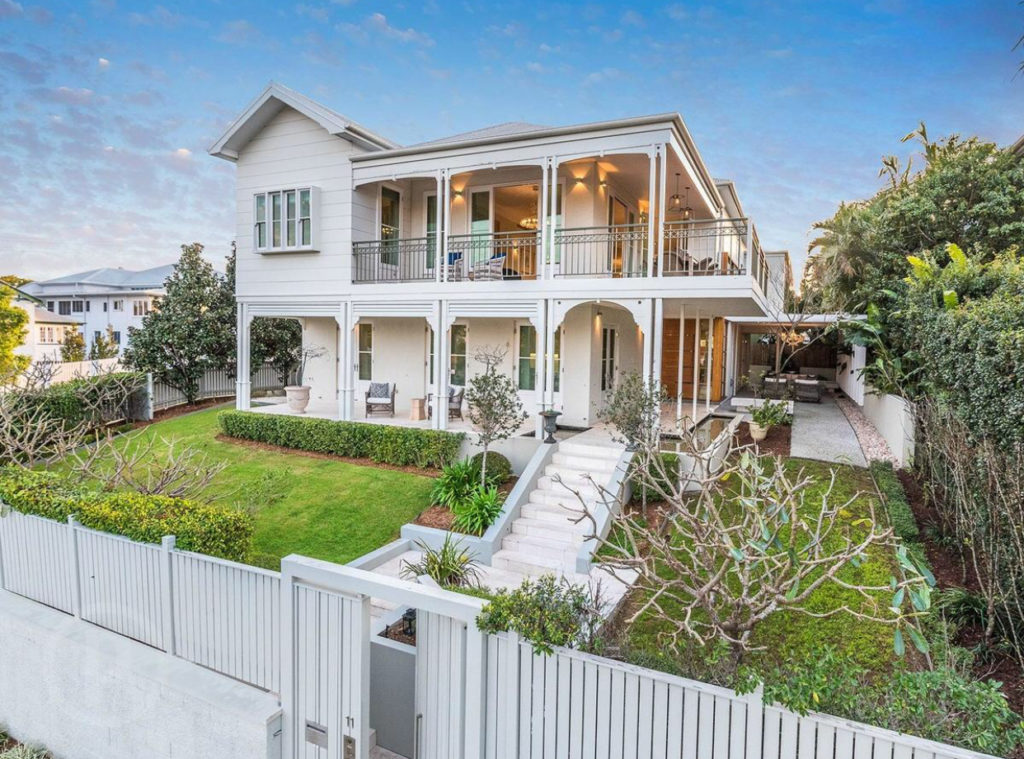 An Architects Take on a Queenslander exterior