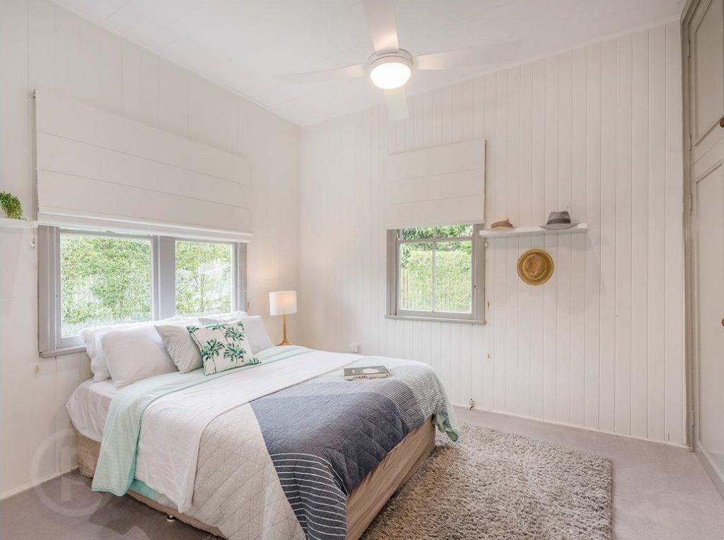 Norman Park Queenslander bedroom