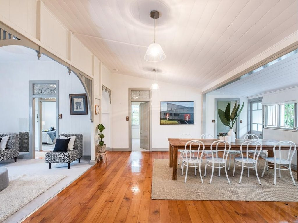 Norman Park Queenslander living