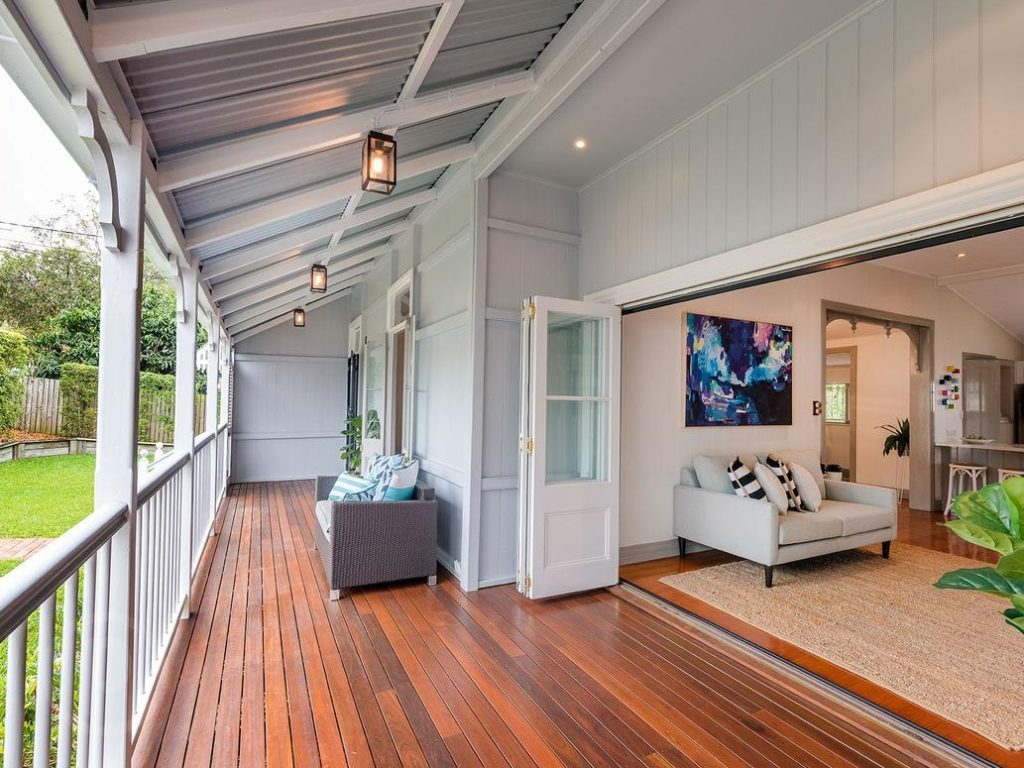 Norman Park Queenslander verandah