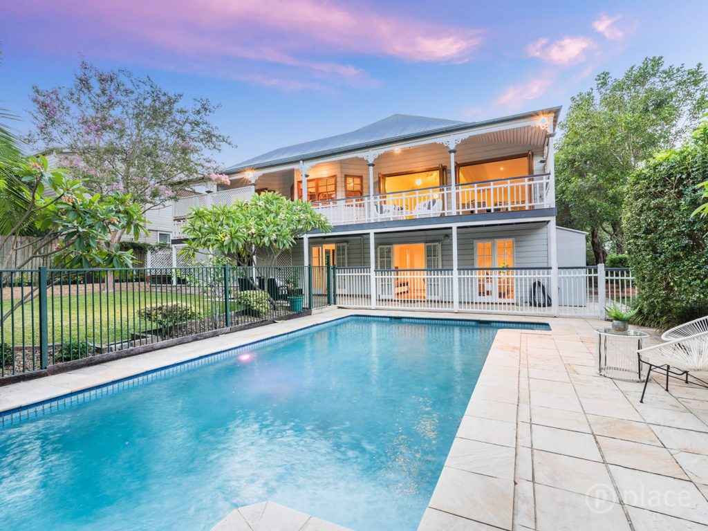 Hawthorne Queenslander pool