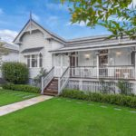 Dream Home: Top of the Ridge Paddington Queenslander is ...