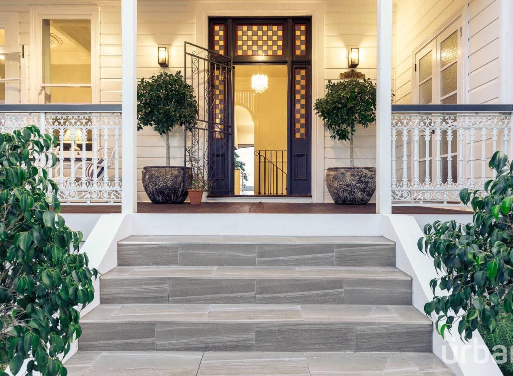 colonial Queenslander Paddington entry