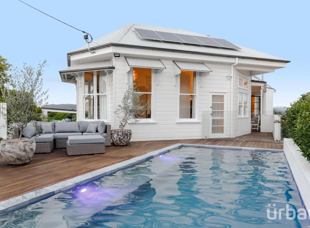 colonial Queenslander Paddington pool