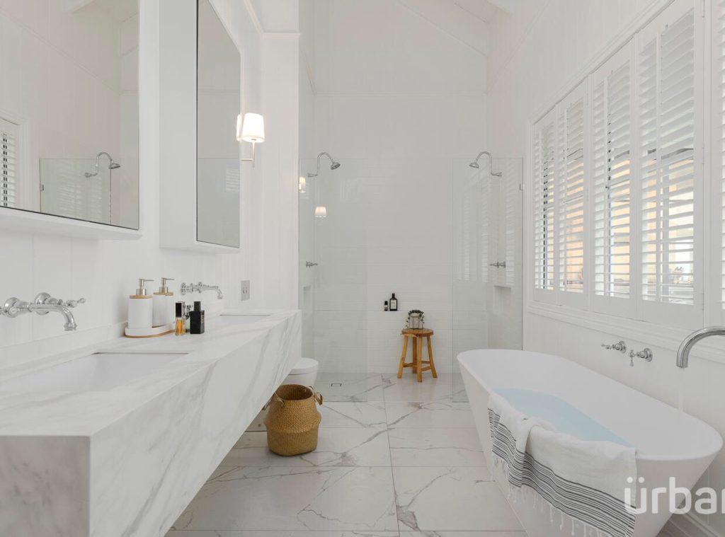 colonial Queenslander Paddington bathroom