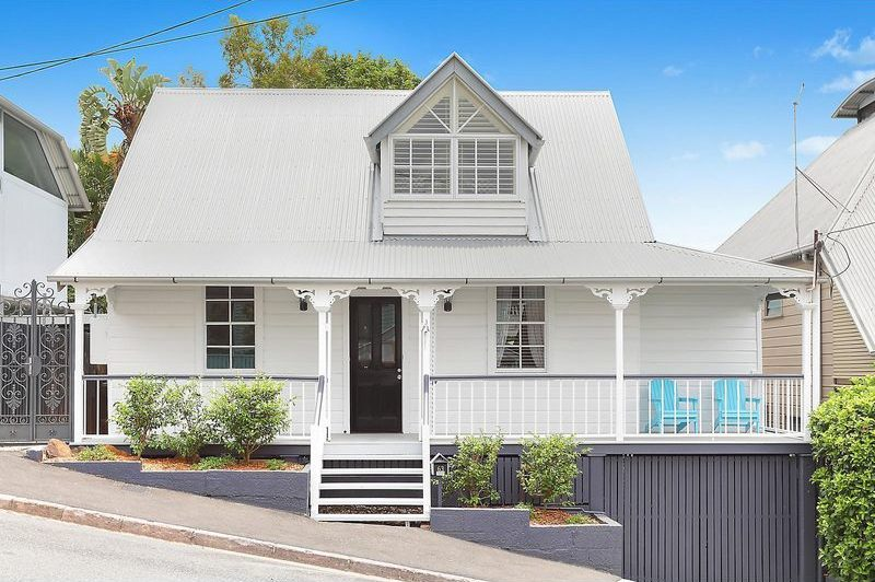 Fairytale Spring Hill Cottage