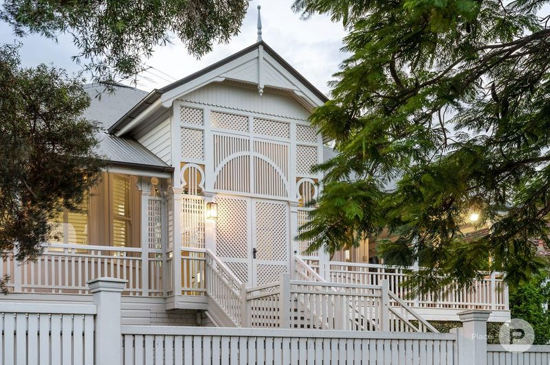 48 Charlton Street, Ascot Queenslander Sold for $3,900,000 is now for rent (and you won't believe for how much!)